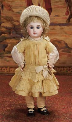 """Beautiful French Bisque Bebe Jumeau with Incised 19""""(48 cm.)"""