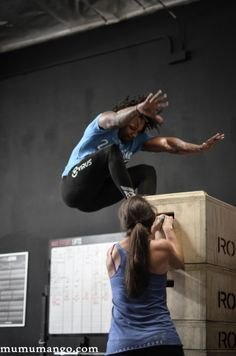 The Best Accessory Lifts For A Bigger Squat - Juggernaut Training Systems - Juggernaut Training Systems Weight Training, Weight Lifting, Weight Loss, Crossfit Legs, Aesthetic Training, Vertical Jump Training, Weighted Squats, Jump Squats, Squat Jumps