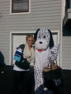 Katie and Spot are passing out free carwashs!