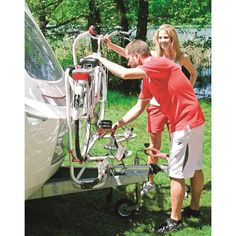 Un porte-vélo pour camping-car pour sillonner les jolies petites routes de campagne