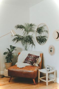 Cool 125 Extra Cozy Apartment Decorating Ideas https://roomaniac.com/125-extra-cozy-apartment-decorating-ideas/