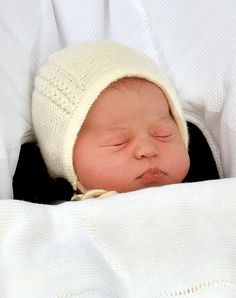 We love that the princess made her public debut in a sweet knitted bonnet! There's already a free pattern inspired by her first look!