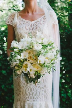 wedding bouquet | photography by: Dixie Pixel