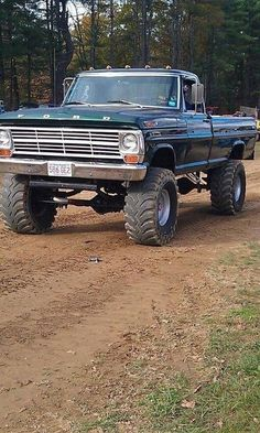 old ford trucks Ford Pickup Trucks, Lifted Ford Trucks, Jeep Truck, 4x4 Trucks, Cool Trucks, Chevy Trucks, Ford 4x4, Ford Bronco, Lifted Chevy