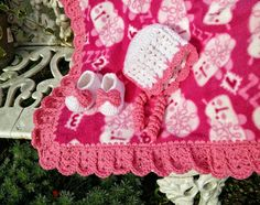 I have to admit, I love the edging I wrote for the Granny Square and Ribbon Blanket. I use it so very often anymore as a go to for a statement, lacy edging on fleece blankets and it never fails to…