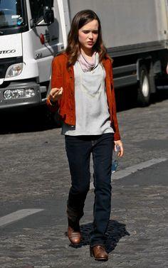 Ellen Page, my celeb doppleganger(kinda)!