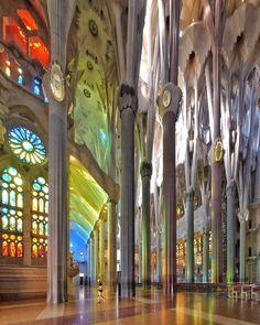 Sagrada Família | 1882... | Antoni Gaudí | Barcelona                                                                                                                                                      Mais