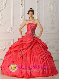 http://www.fashionor.com/Best-Quinceanera-Dresses-c-7.html  2013 free shipping Dazzling Quinceanera dresses    2013 free shipping Dazzling Quinceanera resses  2013 free shipping Dazzling Quinceanera dresses