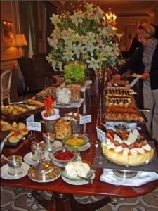 Bromley Bromley Smith 10 Fun Foodie Things To Do in Cape Town, South Africa Cape Town Holidays, My Favorite Food, Favorite Recipes, All About Africa, Stuff To Do, Things To Do, Cape Town South Africa, Africa Travel, High Tea
