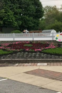 Quilt Gardens along the Heritage Trail Annually beginning May 30 All-new, ever-changing, always free!