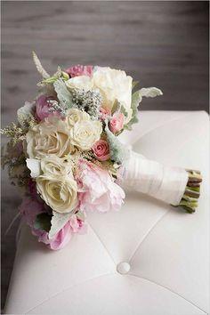 νυφική ανθοδέσμη ρομαντικη ροζ