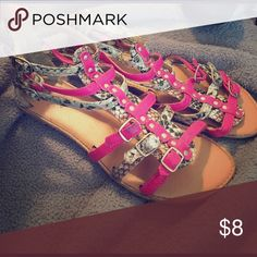 Women's sandals  Sandals are super cute and comfy. Small damage around bottom of shoes. Qupid Shoes Sandals