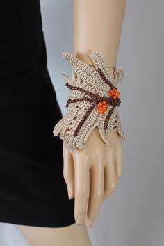 Leaf  -  Crochet  Beaded Bracelet