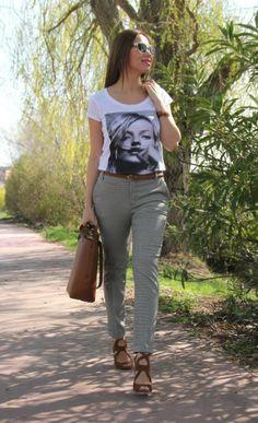 Blazer, pantalón, tacones, coderas. Pistas de mi armario. Blog moda tendencias fashion shopping cuidados