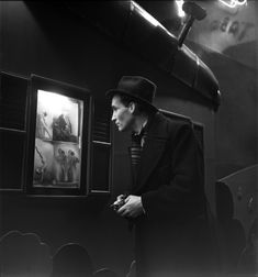 Émile Savitry - In front of a night club in Pigalle, Paris 1938
