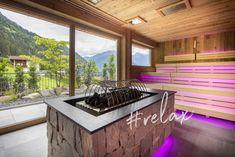 ... in unserer neuen Aufguss Sauna im Wellnesshotel in Tirol. Ein traumhafter Blick auf die Zillertaler Alpen versüßen den rinzigartigen Aufguss. Spa, Kitchen Island, Home Decor, Alps, Luxury, Island Kitchen, Decoration Home, Room Decor, Home Interior Design