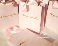 50 Baby Pink Welcome Bags with satin ribbon and Golden foil names - Personalized Gift bag - Elegant Welcome Bags for wedding guests