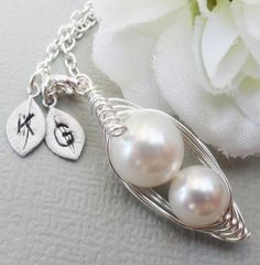 Mother and Child Sweet Peas in a Pod Necklace by ThePeasInAPodShop, $22.50