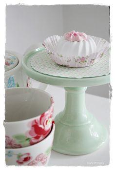 Sommerhusliv hele året...: Sødt lille kagefad fra MissEtoile...