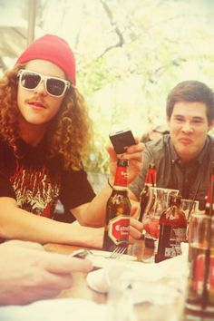 Blake Anderson & Adam DeVine--- absolutely love this show! Blake Anderson, Beautiful Men, Beautiful People, Gorgeous Guys, Adam Devine, Lets Get Weird, Movies Showing, Swagg, Favorite Tv Shows
