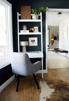 a leaning desk to maximize space in kiddo's room