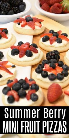 These red white & blue mini fruit pizzas are bursting with summer berry flavor! Sugar cookies topped with cream cheese icing & delicious berries! Perfect for the 4th, Memorial Day, or any picnic! Delicious Cookie Recipes, Best Dessert Recipes, Yummy Cookies, Easy Desserts, Holiday Recipes, Peanut Butter Cookies, Chocolate Chip Cookies, Sugar Cookies, Family Meals