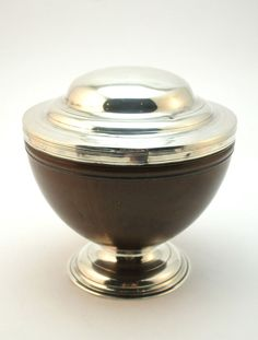 ANTIQUE 18th CENTURY GEORGE I SOLID SILVER MOUNTED COCONUT LIDDED BOWL / CUP