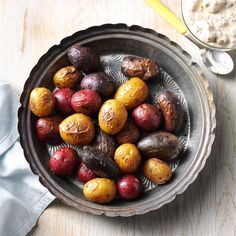 Patriotic Potatoes with Mustard Sauce Recipe -Show your true spirit with a bowl of red, white and blue potatoes dressed with bacon and sour cream. They're tops in my hit parade of patriotic dishes. Potato Dishes, Potato Recipes, Sauce Recipes, Cooking Recipes, Blue Potatoes, Carolina Bbq Sauce, Honey Mustard Chicken, Cast Iron Recipes, Food Shows