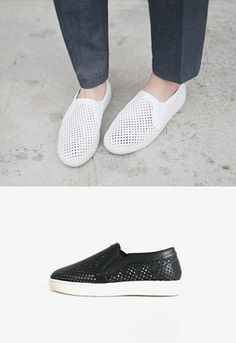 Today's Hot Pick :Mesh Leather Slip On Shoes http://fashionstylep.com/SFSELFAA0012298/iriscccen/out Walk long distances without getting achy soles with these roomy slip on shoes. These shoes feature airy mesh-like cutouts all over, plus padded insoles and durable outsoles. Wear these with Breton striped pullover, ripped boyfriend shoes, and raffia boater hat with navy hatband. - Mesh cutouts - Padded insoles - Round toes - Colors: Ivory, Black