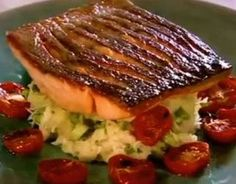 Gordon Ramsay's Crispy Salmon Try this delicious looking salmon any time you are up for a quick and easy to prepare seafood meal. A beautiful dish!