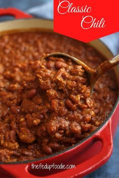 This Classic Chili Recipe is just like mom used to make. Satisfying, thick, and full of delicious flavorful spices it is truly cozy comfort food. #HeartyChili #HomemadeChili #BeefChili #Chili #ClassicChiliRecipe #ThickChiliRecipe #BestChiliRecipe #EasyChiliRecipe #ChiliConCarne #ChiliwithRedBeans #TraditionalChiliRecipe