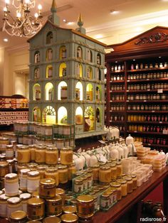 Fortnum & Mason honey display