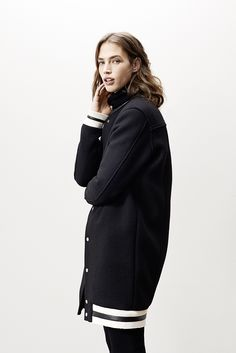 Long jacket KELLY Turtleneck GRIZZLY Flared pants GLORIA www.maje.com  Automne Hiver 2014 67862a434eac