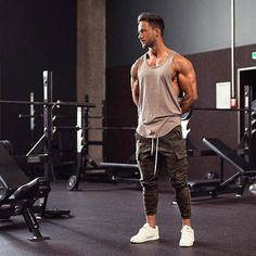 Gym Style: Daniel (@magic_fox) do blog The Modern Man ●● #GymStyle #MagicFox #GBlovers #GBinspira #ModaMasculina #BlogGossipBoy #TheModernMan #MusoReal #CrushReal #SummerStyle #BelezaMasculina #StreetStyle #HomemdeEstilo #Fashion #Menswear #Snapsave #OOTD #Blogs #TipoDeuso #GB GB❤ Curta Gossip Boy no Facebook! :