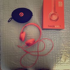 Beats Solo2 in Blush Gold Selling for no other reason than I want the rose gold ones. They are in superb conditions. I've only had them for 4 months and don't use them often. Beats Other