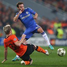 Tomas Hubschman, Shakhtar & Juan Mata, Chelsea.   Shakhtar 2-1 Chelsea. 23.10.12.