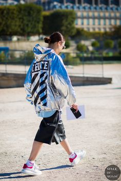 Paris Fashion Week SS 2016 Street Style: Tracey Cheng