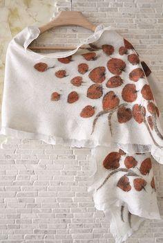 """Купить Палантин валяный """"Букет"""". Шелк, шерсть мерино. - белый, цветочный, Валяние, валяный шарф"""