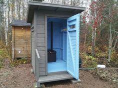 Toilet, Garage Doors, Shed, Woodworking, Outdoor Structures, Colours, Building, Outdoor Decor, Wood Work