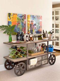 Tof idee voor feestbeesten en wijnliefhebbers: een home bar in huis - Roomed   roomed.nl