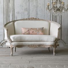French country chairs are great for almost any room and table. They are furniture that brings a degree of sophistication […] Rustic Living Room Furniture, French Furniture, Classic Furniture, Living Room Sofa, Sofa Furniture, Living Room Decor, Unique Furniture, French Style Sofa, French Sofa