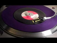 Smokin In The Boys Room by The Brownsville Station 1974 - YouTube...
