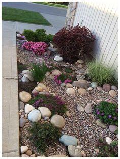45 Spectacular Side Yard Garden Design Ideas And Remodel #sideyardgarden #gardendesignideas #sideyardgardendesign ~ vidur.net