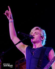 R5 f. Ross Lynch 11/09/2013 #26