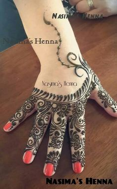 ❤️ so pretty Mehndi Art, Henna Mehndi, Henna Art, Hand Henna, Henna Tattoos, Mehendi, Beautiful Henna Designs, Beautiful Mehndi, Simple Mehndi Designs