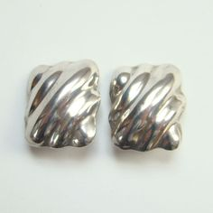 Vintage C1950s Taxco Mexico Mexican Sterling Silver Modernist Ribbed Clip Earrings Signed APB by redroselady on Etsy