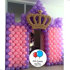 thought this was cute. Balloon Columns, Balloon Wall, Balloon Arch, 3rd Birthday Cakes, Baby Girl 1st Birthday, Birthday Parties, Disney Princess Birthday Party, Princess Party, Royal Princess