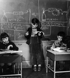 Photo from inside the 1940s New York City school where students were trained as geniuses. #vintage #1940s #school #education