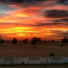 Comment: stefiiistefiii said Atardece un día más #sunset #senegal #keurkap #touba #voluntariado #africa #enfermera