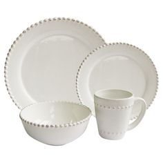 A timeless addition to your dining room table, this crisp white dinnerware set is elegant paired with vibrant linens and neutral tablescapes alike.
